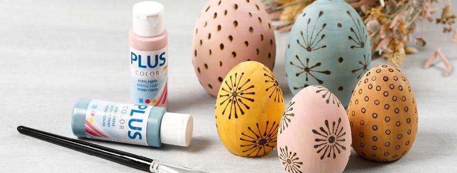 Figuren, eieren en dieren om te versieren
