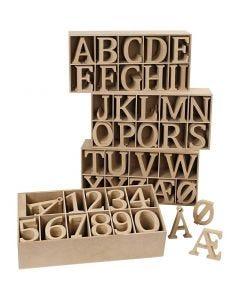 Houten letters en cijfers, H: 8 cm, dikte 1,5 cm, 246 stuk/ 1 doos