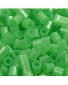 Strijkkralen, afm 5x5 mm, gatgrootte 2,5 mm, medium, groen parelmoer (32240), 1100 stuk/ 1 doos