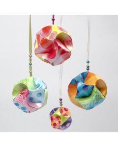 Click Ornamenten om zelf te beschilderen