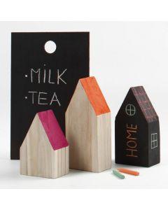 Huisjes gemaakt van houten strips