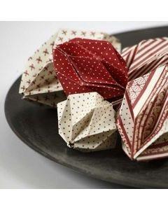 Origami kerstballen van Copenhagen Design papier