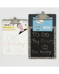 Gedocoreerd klembord met schoolbordverf