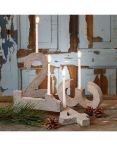 Adventkalenderhouder gemaakt van 4 cijfers van beton