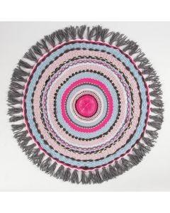 Een kleedje geweven op een ronde loom