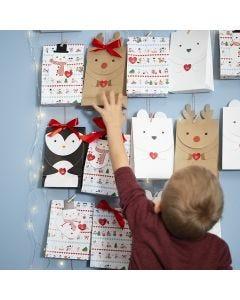 Adventkalender van papieren zakken met pooldieren