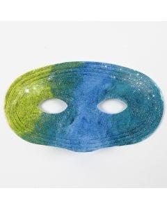 Verf aanbrengen op plastic maskers