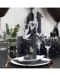 Zwart op tafel