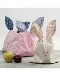 Een konijnentas van patchwork stof