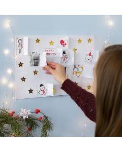 DIY kerstkalender met tekeningen, stickers en foto's
