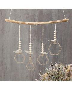 Hangende decoraties van jute draad rond uitstekers
