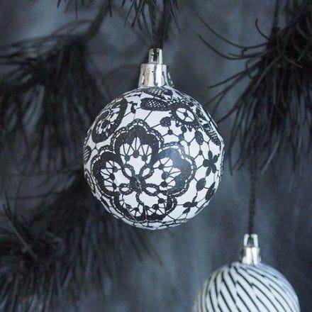 Kerstballen met découpage papier uit de Paris serie