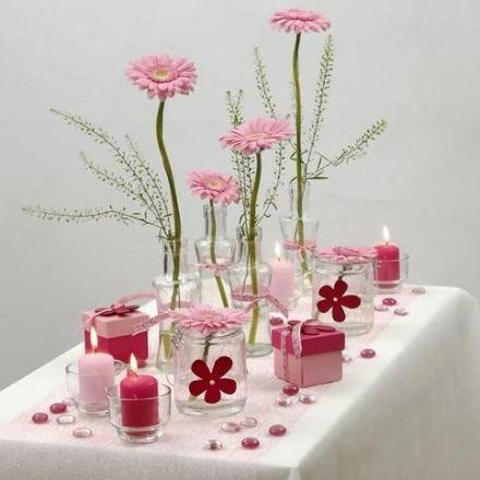 Tafeldecoraties wit met roze: Het is een meisje!