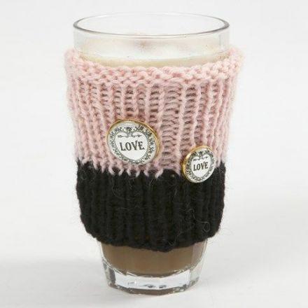 Een warmhouder voor een glazen mok van Melbourne wol