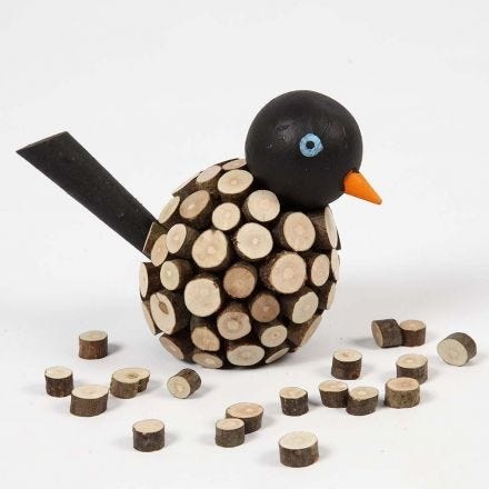 Houten vogel met kleine houten schijven