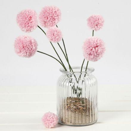 Pom-pom bloemen op alu-draad stelen