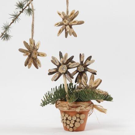 Kerststerren van houten schijven