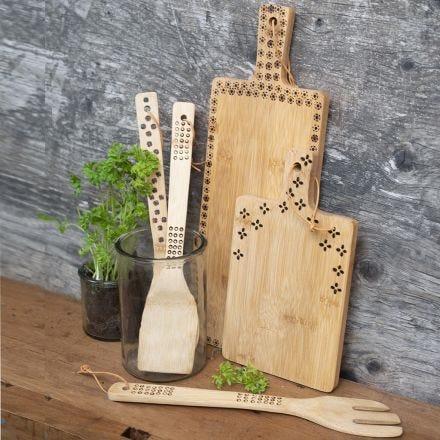 Bamboe keukengerei gedecoreerd door houtbranden