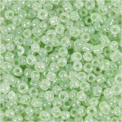Rocailles, d: 3 mm, afm 8/0 , gatgrootte 0,6-1,0 mm, lichtgroen, 25 gr/ 1 doos