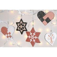 Kerstdecoraties van Nabbi strijkkralen