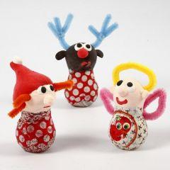 Kerstfiguren gemaakt van gloeilampen, Silk Clay en chenilledraad