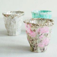 Snoezige kandelaas met decoupage papier en glitter