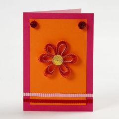 Wenskaart met bloem van papier filigraan
