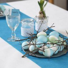 Eieren gedecoreerd met zijdeverf