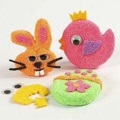 Paasfiguren met magneten gedecoreerd met Foam Clay