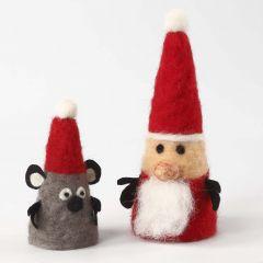 Kerstfiguren gemaakt van styropor kegels door naaldvilten