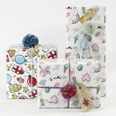 Inpakken met cadeaupapier, garen en decoraties
