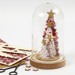 Stolp met houten figuren voor kerst
