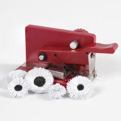Decoratieve bloemen gemaakt met een quilling snijder