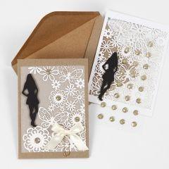 Uitnodiging voor communie met karton kant en silhouet van een meisje