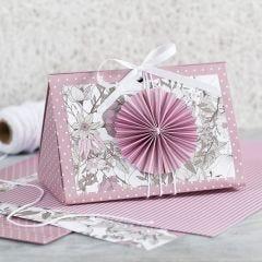 Roze geschenkdoos met rozet