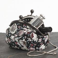 Een make-up tas gemaakt van patchwork stof