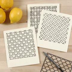 Milieuvriendelijke vaatdoekjes gedecoreerd met stencil en textielverf