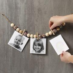Gedecoreerd koord voor het ophangen van foto's