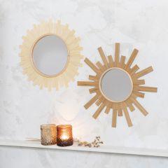 Spiegel gedecoreerd als een zon met houtfineer
