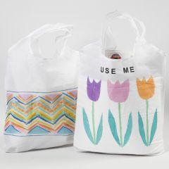 Boodschappentas gedecoreerd met textielstiften en rub-on stickers