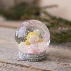 Sneeuwbol met een engel gemaakt van Fimo