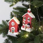 Kersthuisjes van papier-maché om op te hangen gedecoreerd met Foam Clay