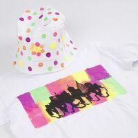Een T-shirt gedecoreerd met Neon Textil Color