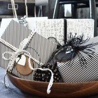 Cadeauverpakking met Vivi Gade Design Papier (de Paris serie)
