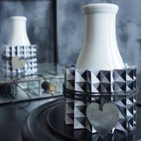 Een vaas gedecoreerd met Design papier