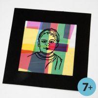 Ingelijst portret op een collage van gekleurd cellofaan