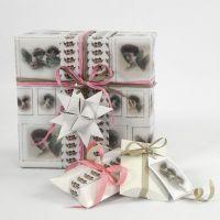 Geschenken ingepakt in Vivi Gade cadeaupapier uit de Skagen serie