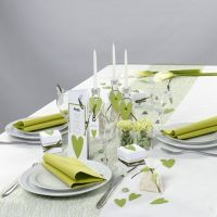 Witte en lime green tafeldecoraties van Happy Moments