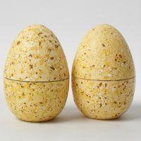 Tweedelige eieren met terrazzo vlokken