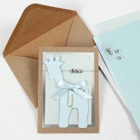 Uitnodiging voor een doop met Giraffe en Letterkralen